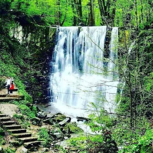 آبشار لونک یکی از آبشار های زیبا و دیدنی استان گیلان است