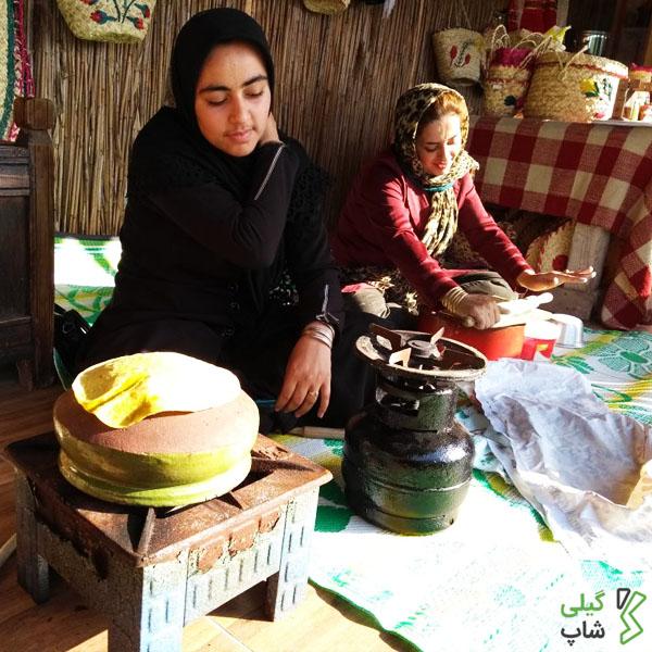 خرید نان برنجی گیلان