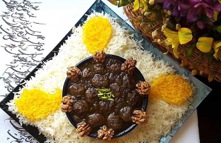 طرز تهیه خورشت اناربیج یا انار آویج گیلانی