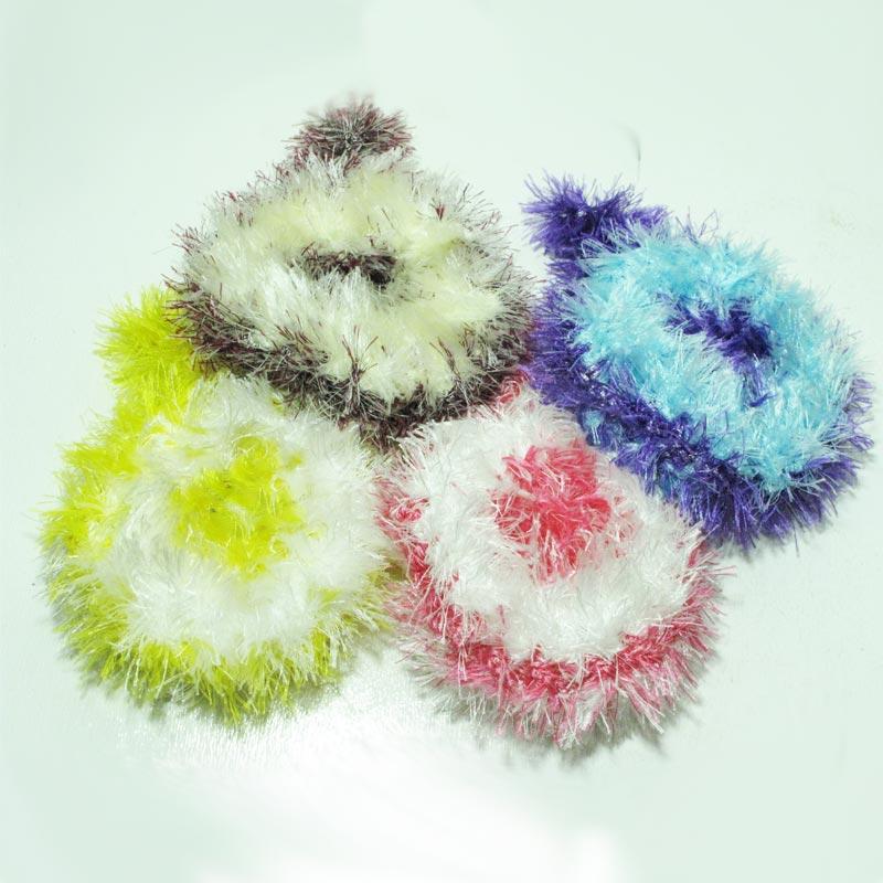 اسکاج ها در رنگ های مختلف