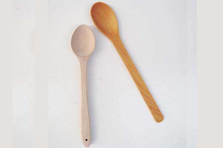 قاشق چوبی کوچک و بلند